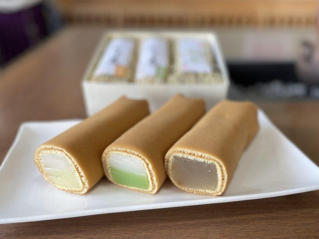 【季節限定】くず巻、わらび巻セット(くず巻(抹茶、日向夏)、わらび巻プレーン)3本箱入